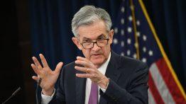 کاهش نرخ بهره بانکی آمریکا در آمریکا!